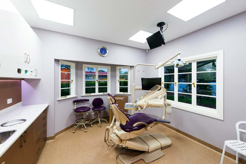Dr Stolz dental chair in treatment room by McKibbin Design